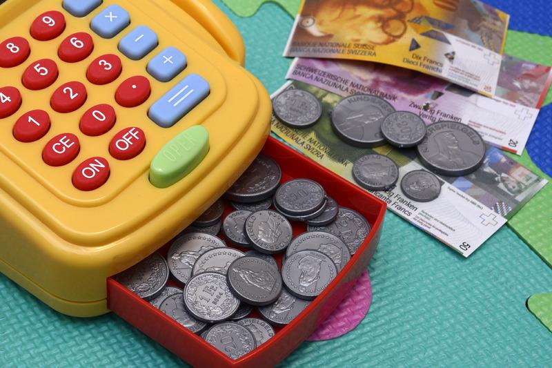 do-accountants-manage-money